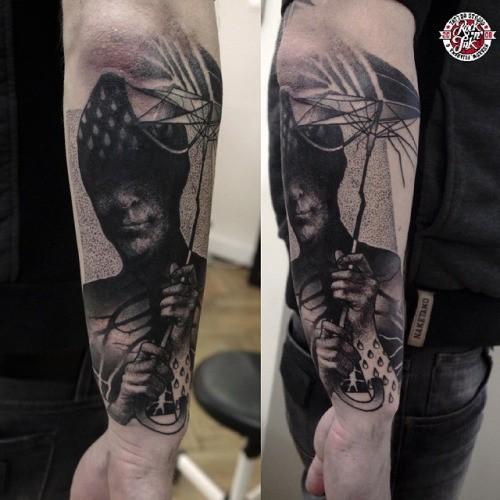 Semikolon Unterarm Tattoo für Männer und Frauen