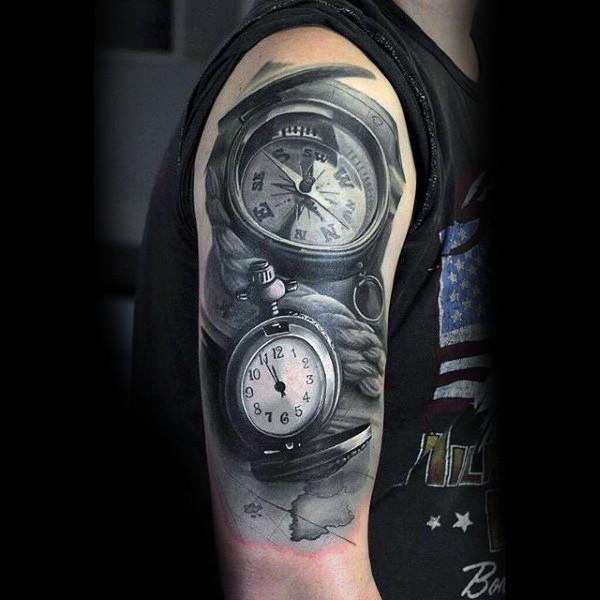 3d Detaillierter Schwarzwei 223 Er Kompass Mit Uhr Schulter Tattoo Tattooimages Biz