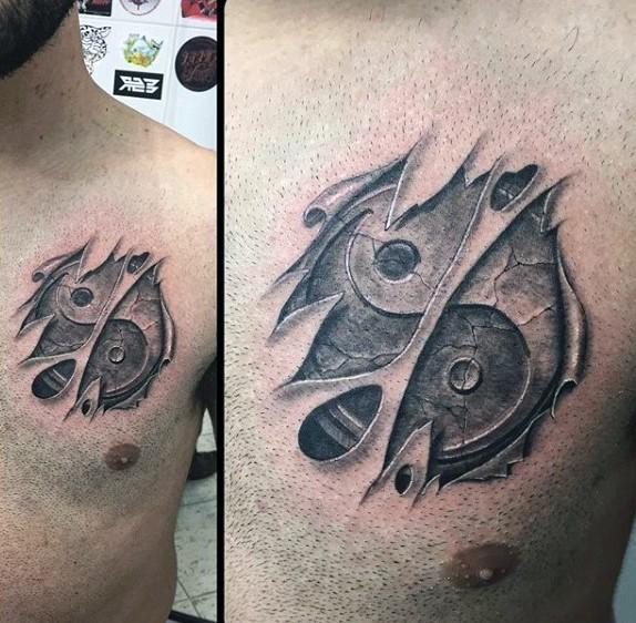 asiatisches yin yang besonderes geknacktes symbol tattoo auf der brust in zerrissener haut in 3d. Black Bedroom Furniture Sets. Home Design Ideas