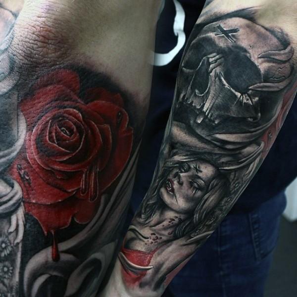 gro es farbiges erschreckendes tattoo mit dem sch del und vampir frau am rmel. Black Bedroom Furniture Sets. Home Design Ideas