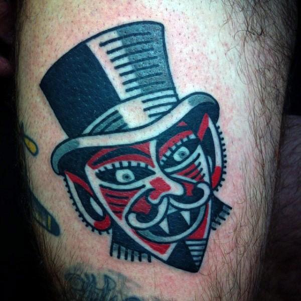 lustiger kleiner farbiger vampir gentleman tattoo am oberschenkel. Black Bedroom Furniture Sets. Home Design Ideas