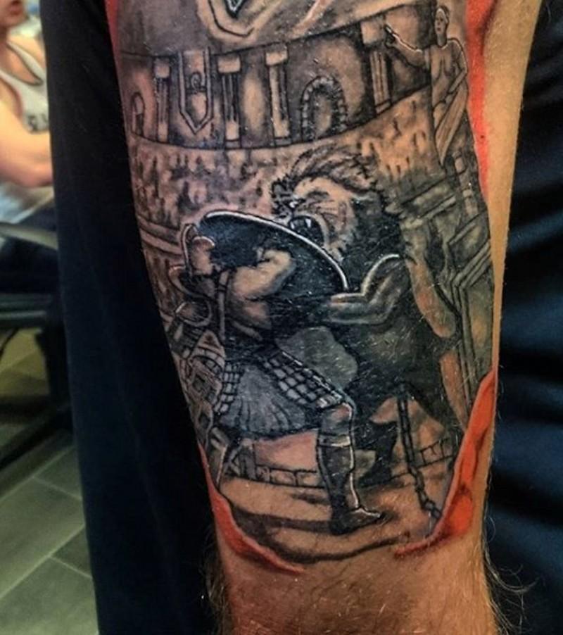 hausgemachter nachl ssig gemalter gladiatoren kampf mit l wen tattoo am arm. Black Bedroom Furniture Sets. Home Design Ideas