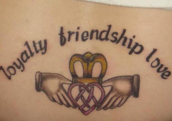 Loyalität über Lizenztätowierung