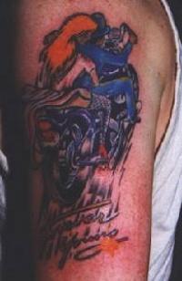 Gay Biker mit Tattoos