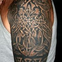 erstaunlicher keltischer knoten tiere tattoo an der schulter. Black Bedroom Furniture Sets. Home Design Ideas