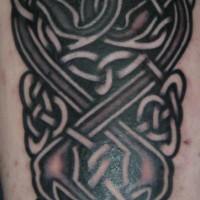 viereckiger keltischer knoten tattoo am arm. Black Bedroom Furniture Sets. Home Design Ideas